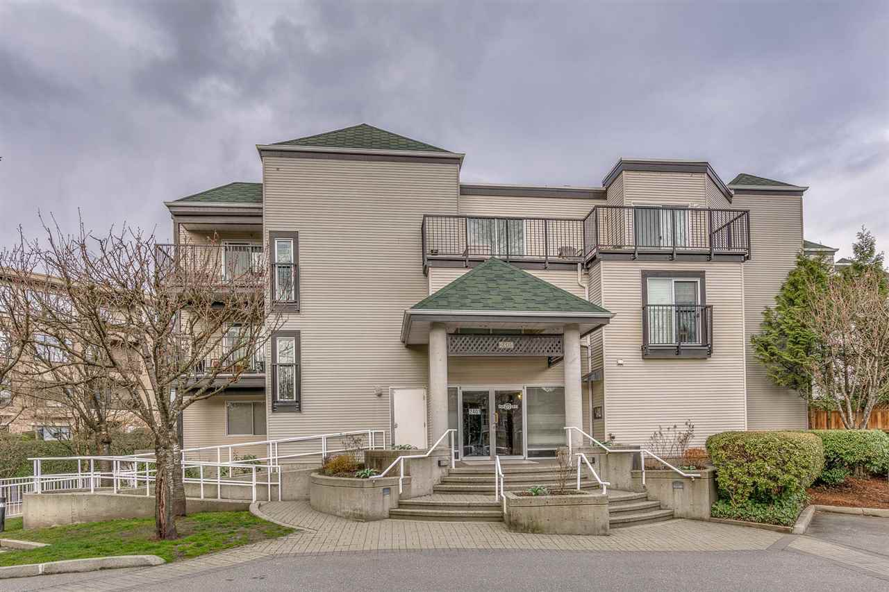 Main Photo: 114 2401 HAWTHORNE Avenue in Port Coquitlam: Central Pt Coquitlam Condo for sale : MLS®# R2252834