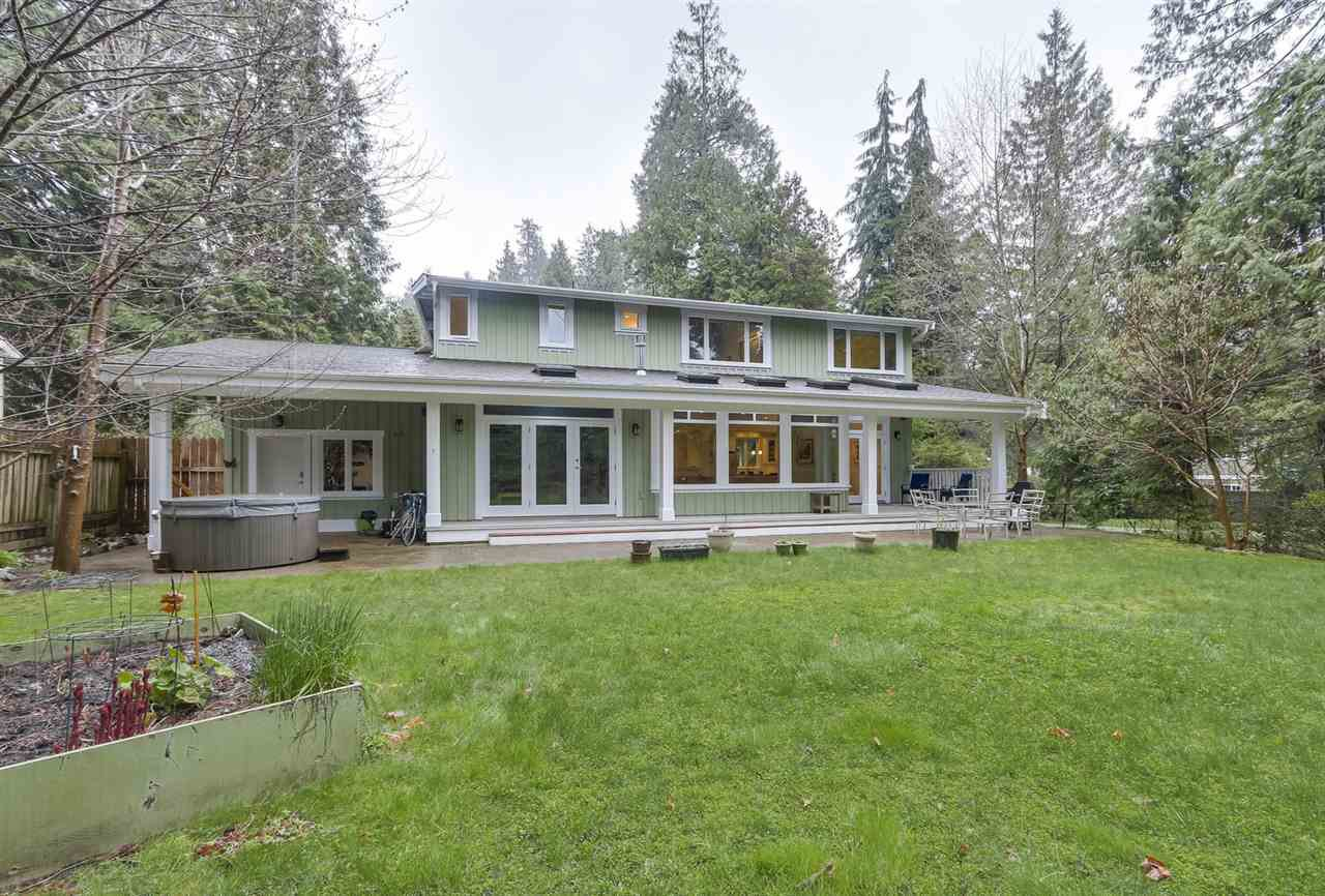"""Photo 10: Photos: 5615 KEITH Road in West Vancouver: Eagle Harbour House for sale in """"Eagle Harbour"""" : MLS®# R2254699"""