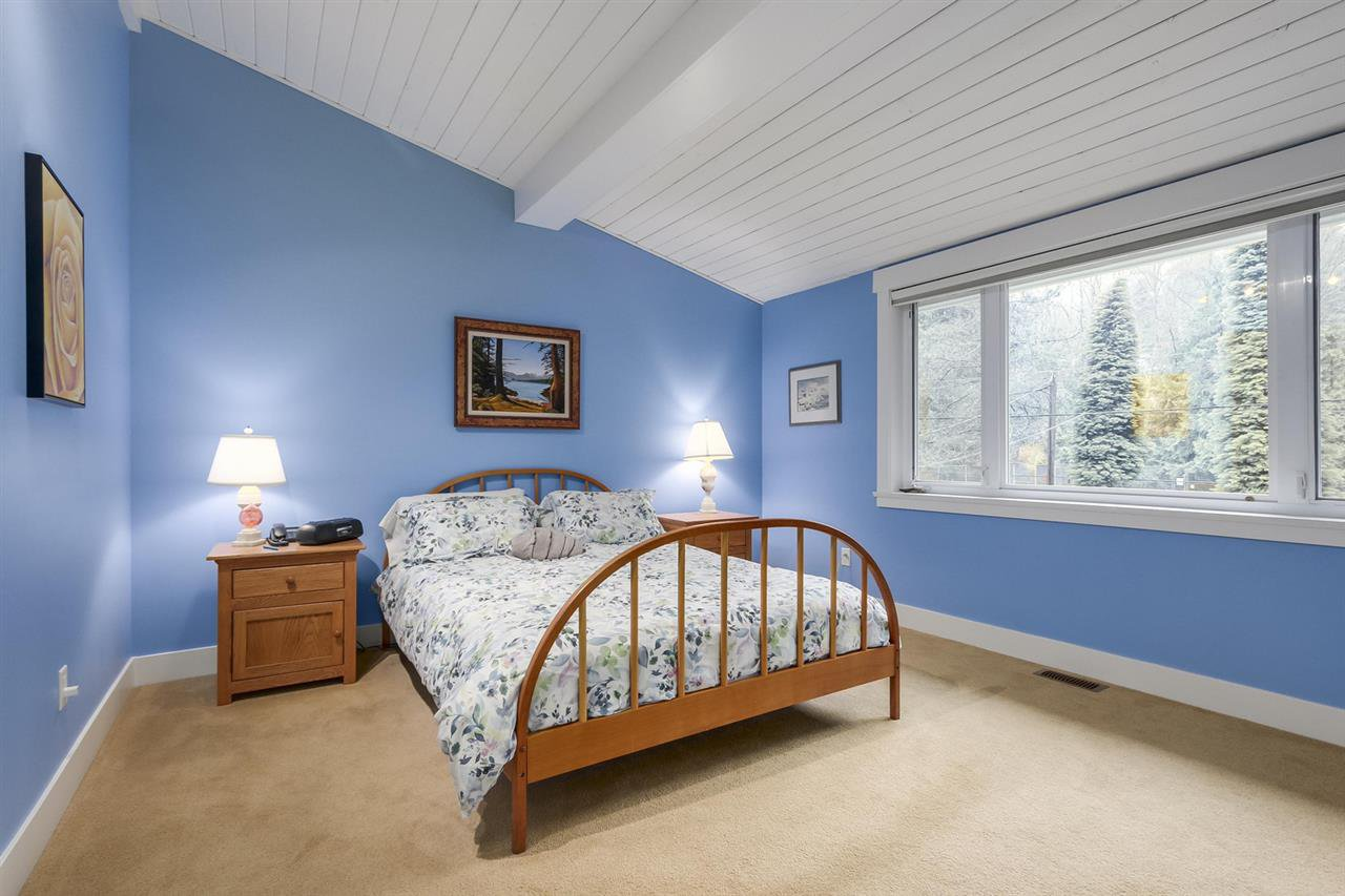 """Photo 14: Photos: 5615 KEITH Road in West Vancouver: Eagle Harbour House for sale in """"Eagle Harbour"""" : MLS®# R2254699"""