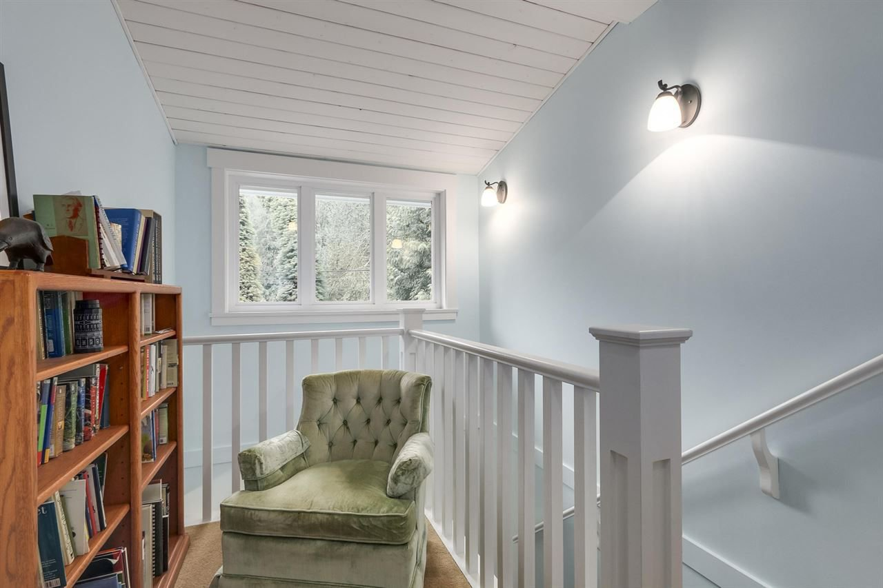 """Photo 13: Photos: 5615 KEITH Road in West Vancouver: Eagle Harbour House for sale in """"Eagle Harbour"""" : MLS®# R2254699"""