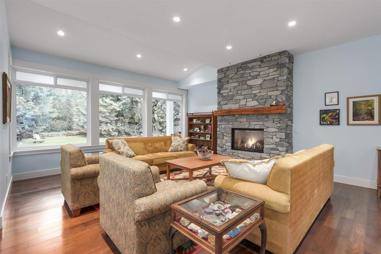 """Photo 2: Photos: 5615 KEITH Road in West Vancouver: Eagle Harbour House for sale in """"Eagle Harbour"""" : MLS®# R2254699"""