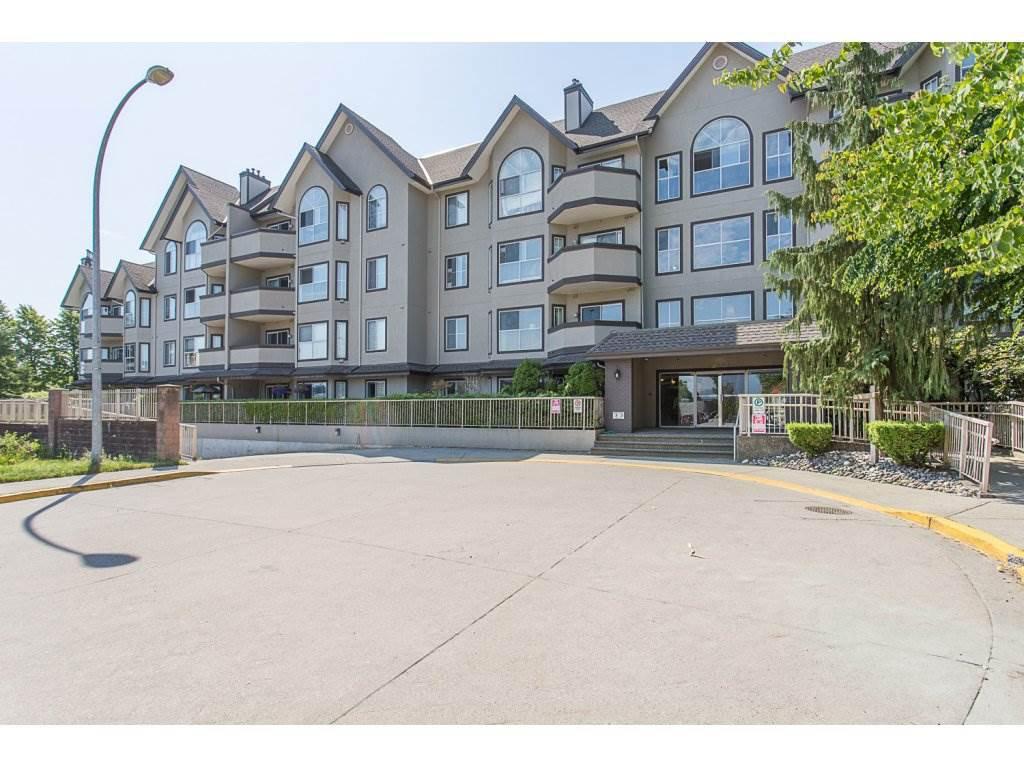 "Main Photo: 108 12464 191B Street in Pitt Meadows: Mid Meadows Condo for sale in ""LESEUR MANOR"" : MLS®# R2282202"