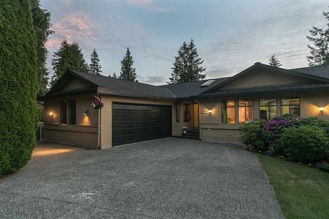 "Main Photo: 6667 KENT Crescent in Delta: Sunshine Hills Woods House for sale in ""Sunshine Hills"" (N. Delta)  : MLS®# R2305320"