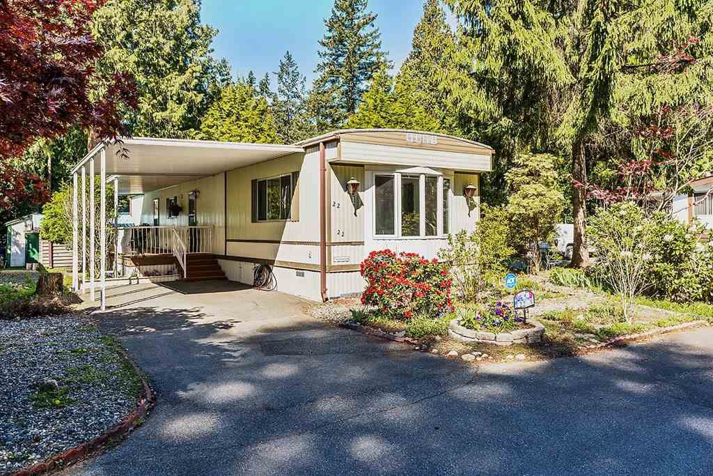 "Main Photo: 22 2306 198 Street in Langley: Brookswood Langley Manufactured Home for sale in ""CEDAR LANE 55+"" : MLS®# R2361882"
