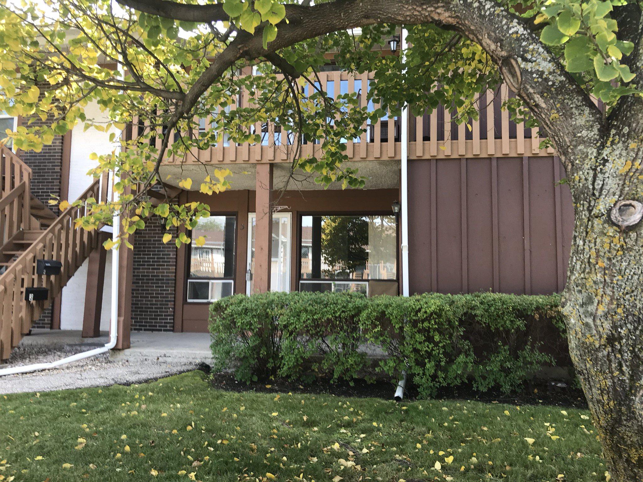 Main Photo: 3 1660 St Mary's Road in Winnipeg: St Vital Condominium for sale (2C)  : MLS®# 1911386