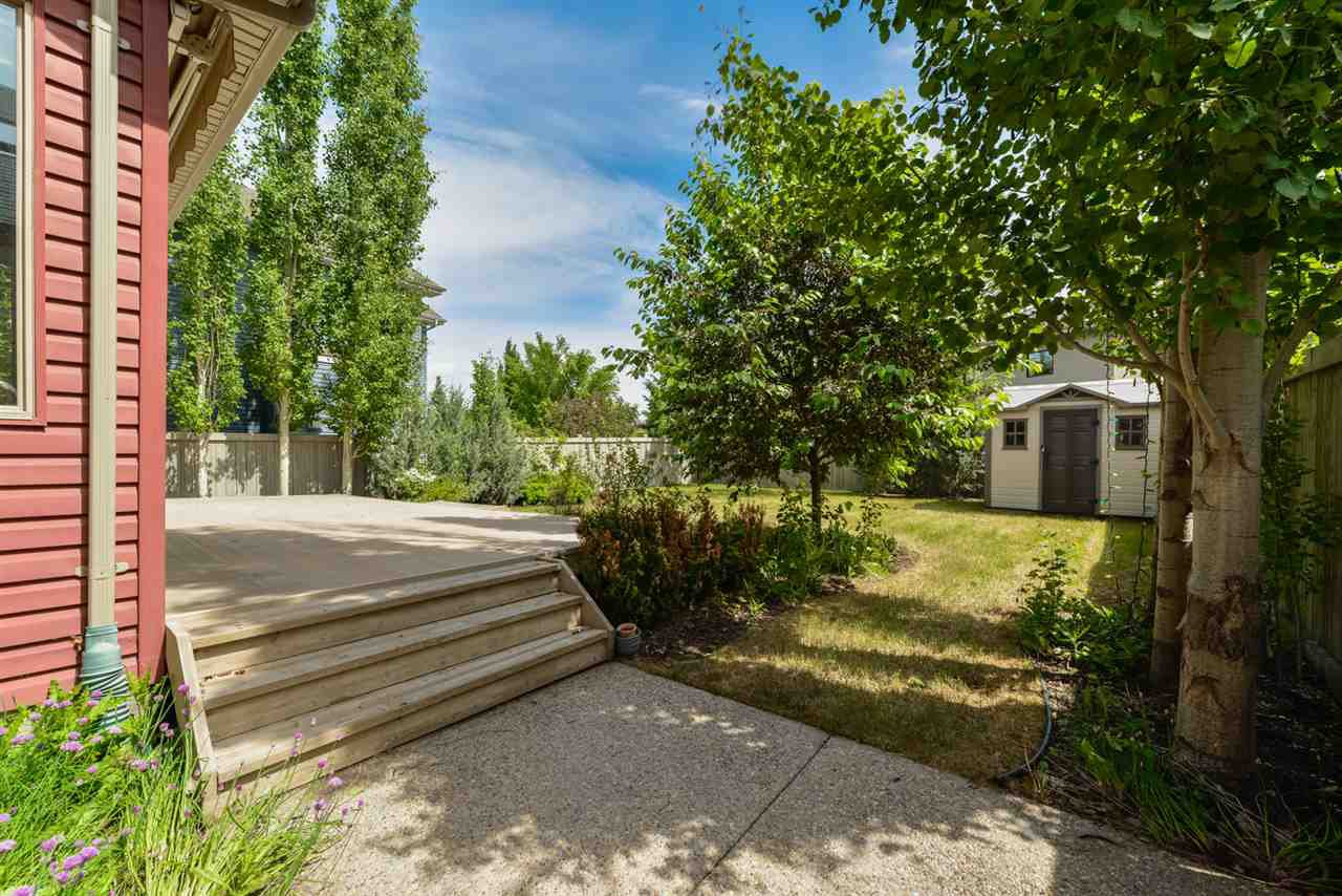 Main Photo: 5421 MCLUHAN End in Edmonton: Zone 14 House for sale : MLS®# E4162040