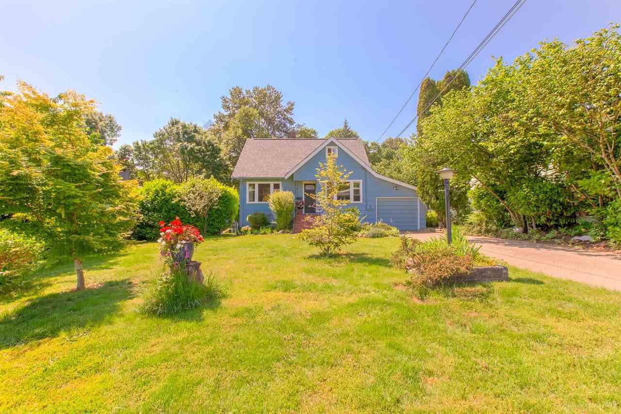 """Main Photo: 1125 SPRINGER Avenue in Burnaby: Brentwood Park House for sale in """"BRENTWOOD PARK"""" (Burnaby North)  : MLS®# R2383887"""