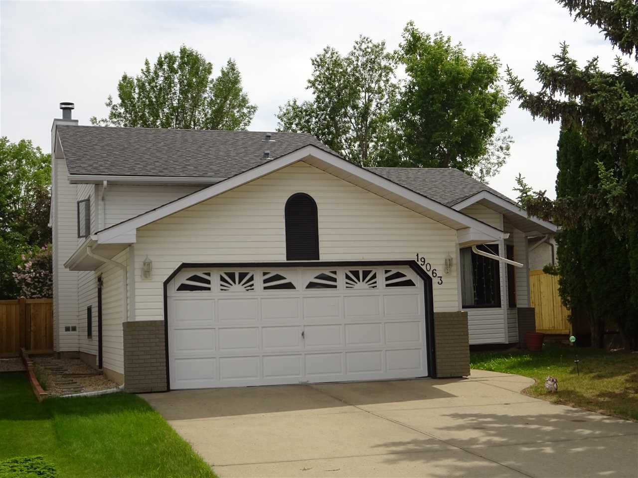 Main Photo: 19063 71  Ave in Edmonton: Zone 20 House for sale : MLS®# E4166327