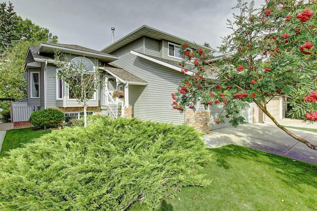 Main Photo: 2207 MORRIS Road SE: Airdrie Detached for sale : MLS®# C4268258
