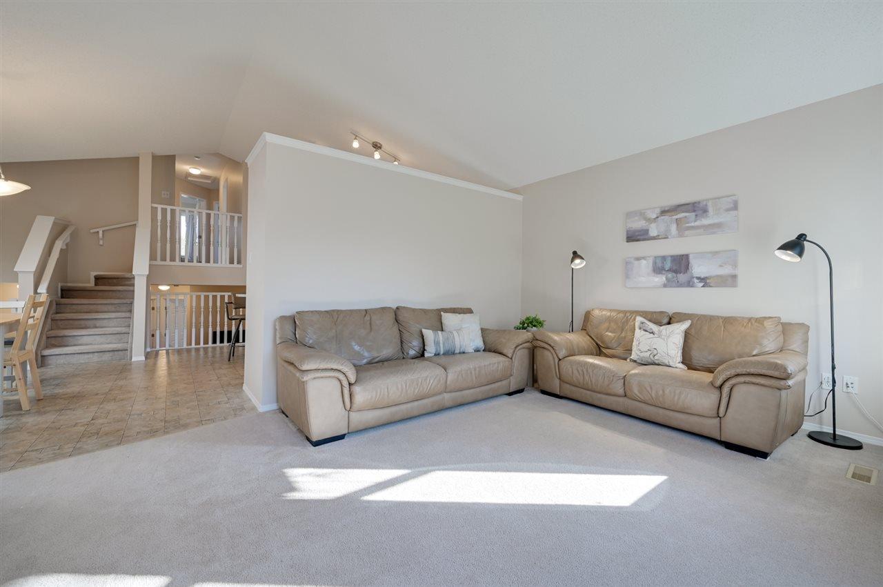 Main Photo: 4540 Turner Square in Edmonton: Zone 14 House for sale : MLS®# E4174372