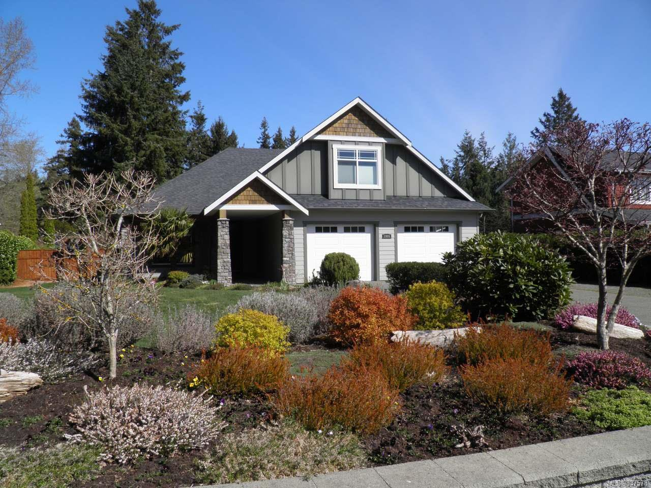 Main Photo: 1906 Mariner Rd in COURTENAY: CV Courtenay North House for sale (Comox Valley)  : MLS®# 837578