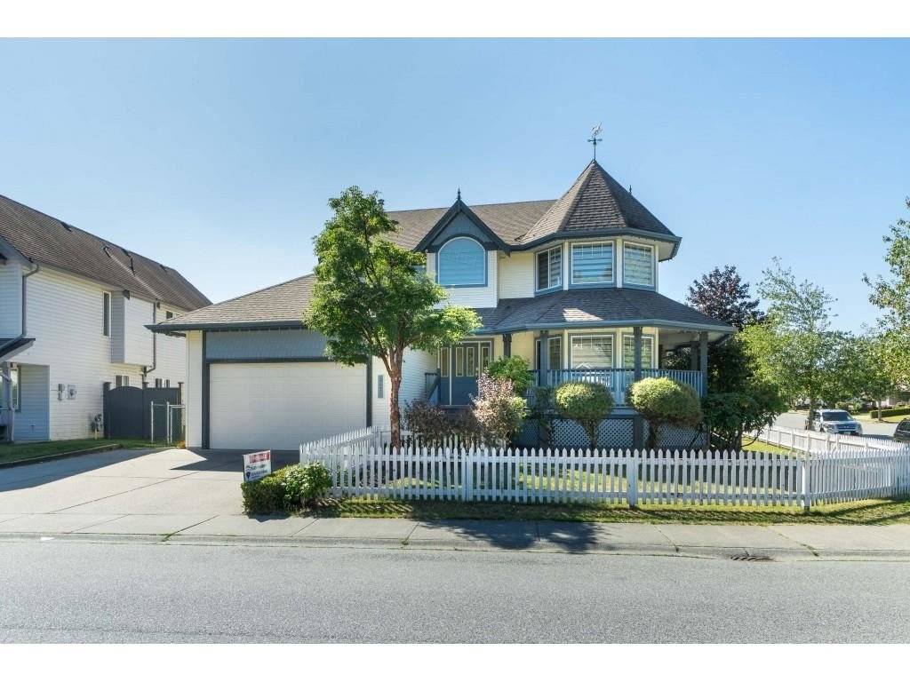 "Main Photo: 3675 BLUE JAY Street in Abbotsford: Abbotsford West House for sale in ""TRWEY TO MT LMN N OF MCLR"" : MLS®# R2452786"