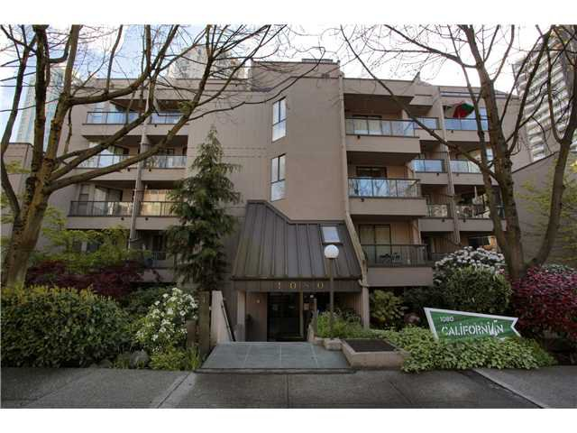 Main Photo: 105 1080 Pacific Street in Vancouver: West End VW Condo for sale (Vancouver West)  : MLS®# V949162