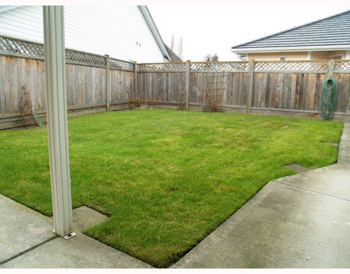 Photo 10: Photos: 5258 LABURNUM PARK Place in Ladner: Delta Manor House for sale : MLS®# V754265