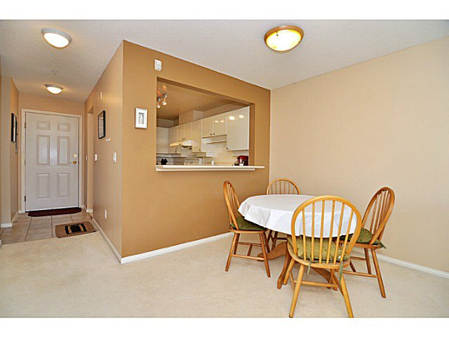 Photo 6: Photos: # 335 5888 DOVER CR in Richmond: Riverdale RI Condo for sale : MLS®# V1012503