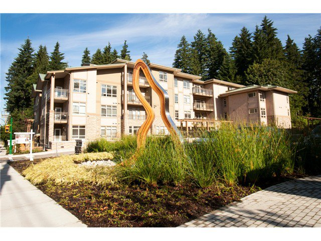 "Main Photo: 404 3294 MT SEYMOUR Parkway in North Vancouver: Northlands Condo for sale in ""NORTHLANDS TERRACE"" : MLS®# V1037815"