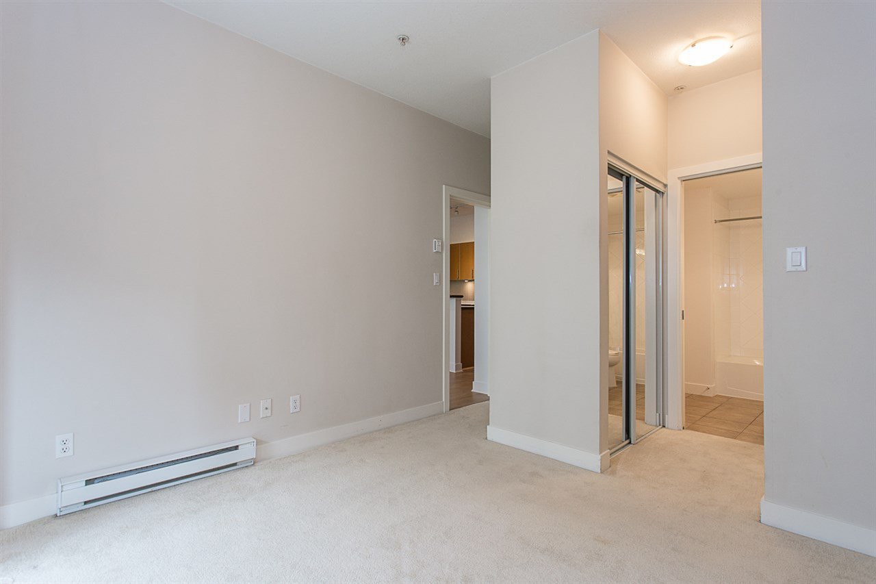 """Photo 9: Photos: 104 2330 WILSON Avenue in Port Coquitlam: Central Pt Coquitlam Condo for sale in """"SHAUGHNESSY WEST"""" : MLS®# R2174446"""