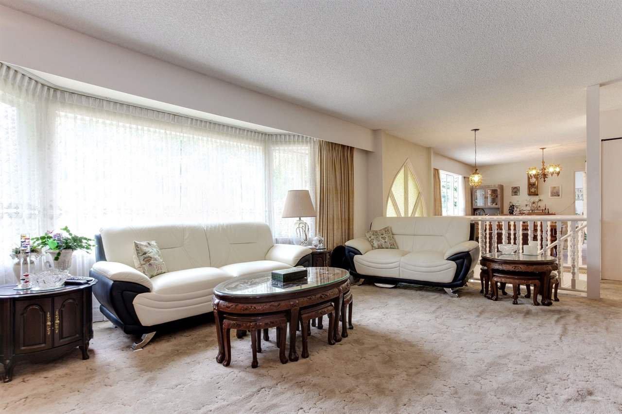 Main Photo: 274 W MURPHY Drive in Delta: Pebble Hill House for sale (Tsawwassen)  : MLS®# R2191282