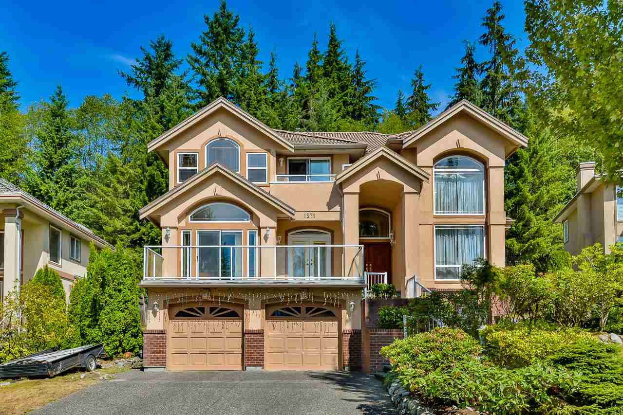 Main Photo: 1571 TOPAZ Court in Coquitlam: Westwood Plateau House for sale : MLS®# R2198600