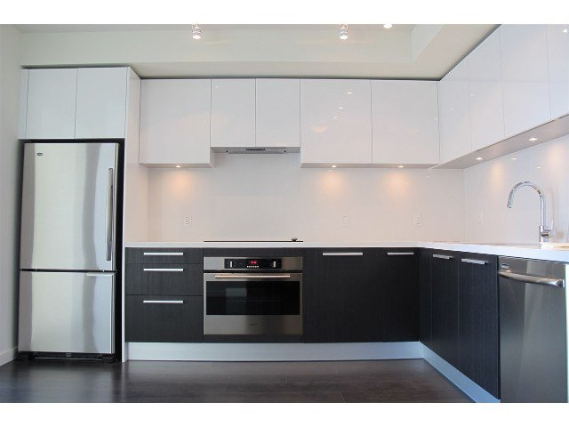 Photo 4: Photos: #808-6333 SILVER AV in BURNABY: Metrotown Condo for sale (Burnaby South)  : MLS®# R2154893