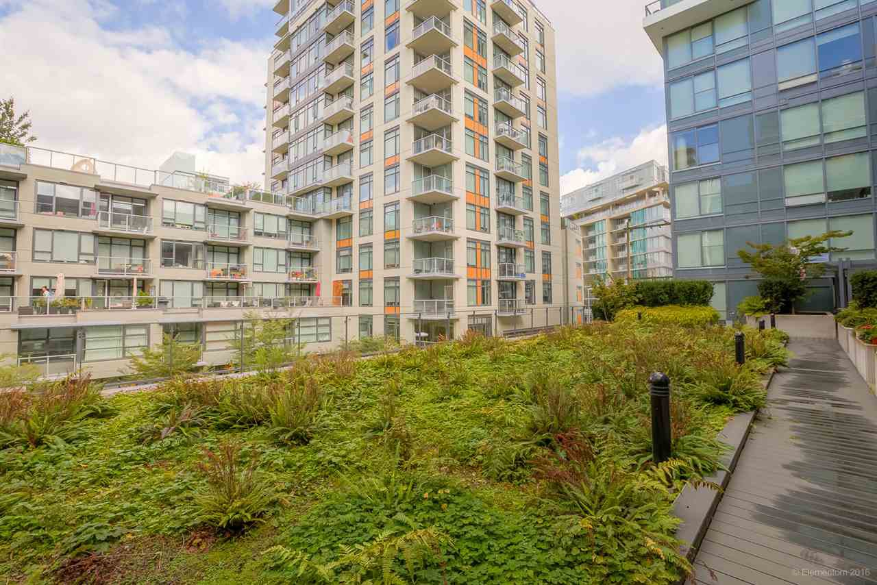 """Photo 16: Photos: 223 1783 MANITOBA Street in Vancouver: False Creek Condo for sale in """"RESIDENCE AT WEST"""" (Vancouver West)  : MLS®# R2235634"""