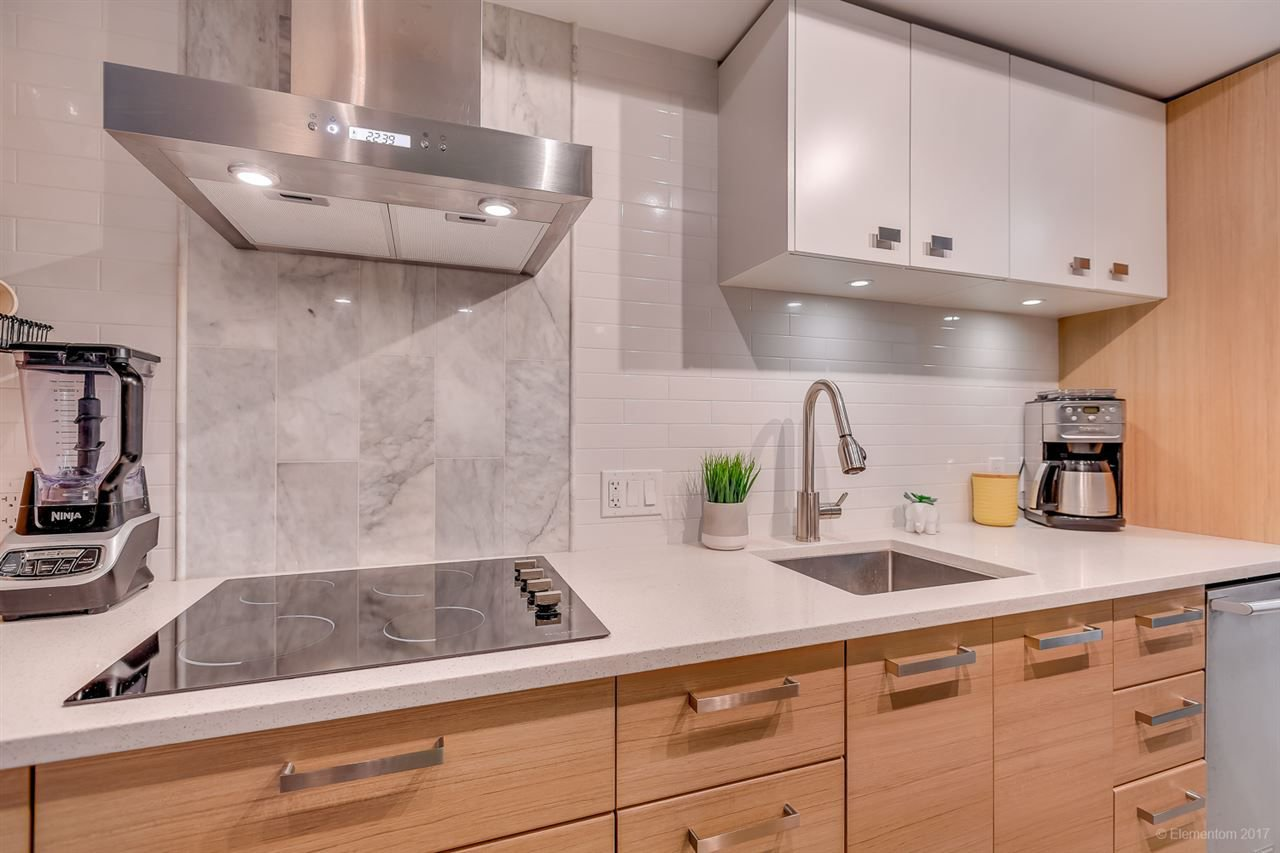 """Photo 8: Photos: 223 1783 MANITOBA Street in Vancouver: False Creek Condo for sale in """"RESIDENCE AT WEST"""" (Vancouver West)  : MLS®# R2235634"""