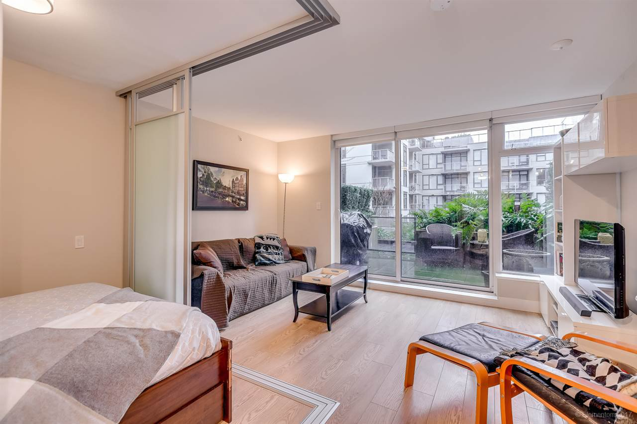 """Photo 6: Photos: 223 1783 MANITOBA Street in Vancouver: False Creek Condo for sale in """"RESIDENCE AT WEST"""" (Vancouver West)  : MLS®# R2235634"""
