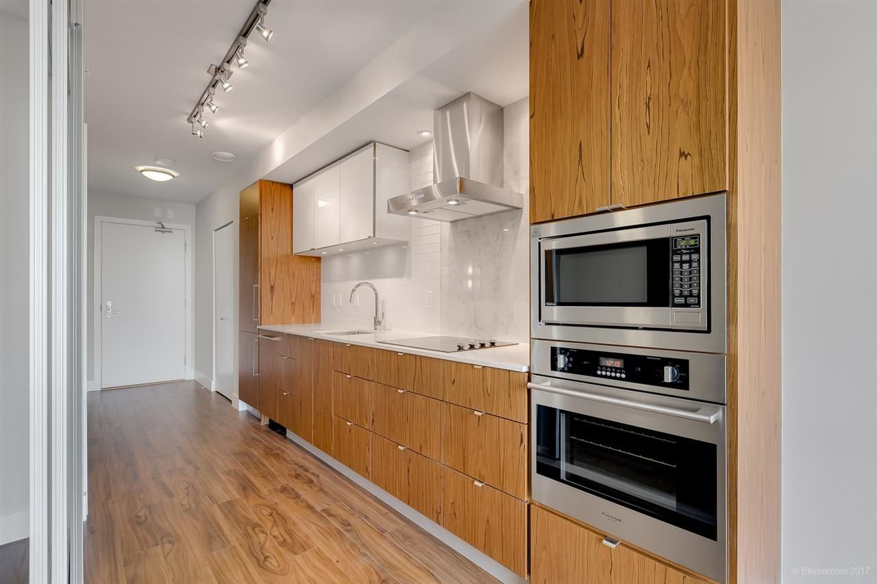 """Photo 3: Photos: 602 159 W 2ND Avenue in Vancouver: False Creek Condo for sale in """"TOWER GREEN AT WEST"""" (Vancouver West)  : MLS®# R2242190"""