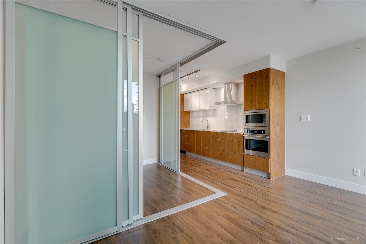 """Photo 4: Photos: 602 159 W 2ND Avenue in Vancouver: False Creek Condo for sale in """"TOWER GREEN AT WEST"""" (Vancouver West)  : MLS®# R2242190"""