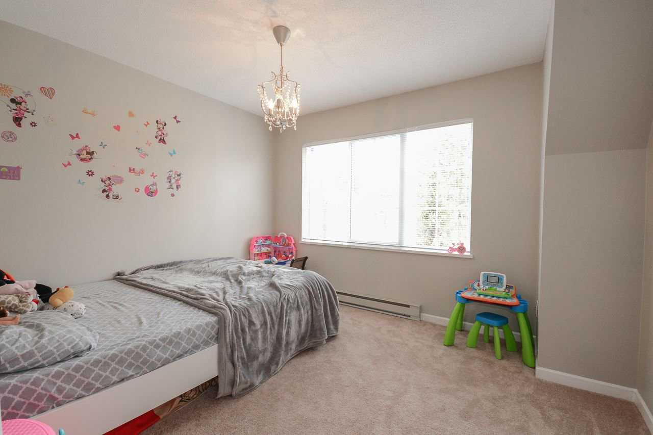 """Photo 12: Photos: 62 12778 66 Avenue in Surrey: West Newton Townhouse for sale in """"HATHAWAY VILLAGE"""" : MLS®# R2242633"""