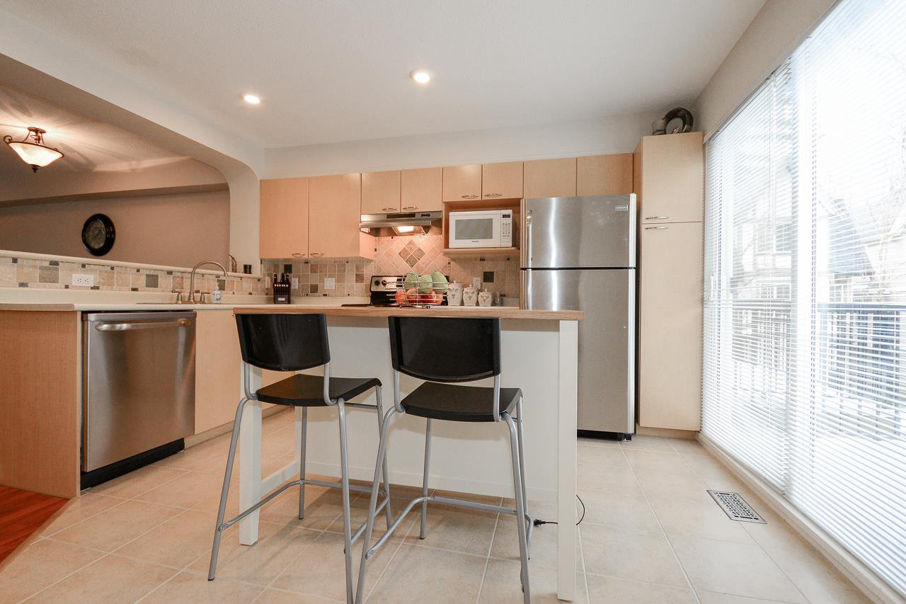 """Photo 6: Photos: 62 12778 66 Avenue in Surrey: West Newton Townhouse for sale in """"HATHAWAY VILLAGE"""" : MLS®# R2242633"""