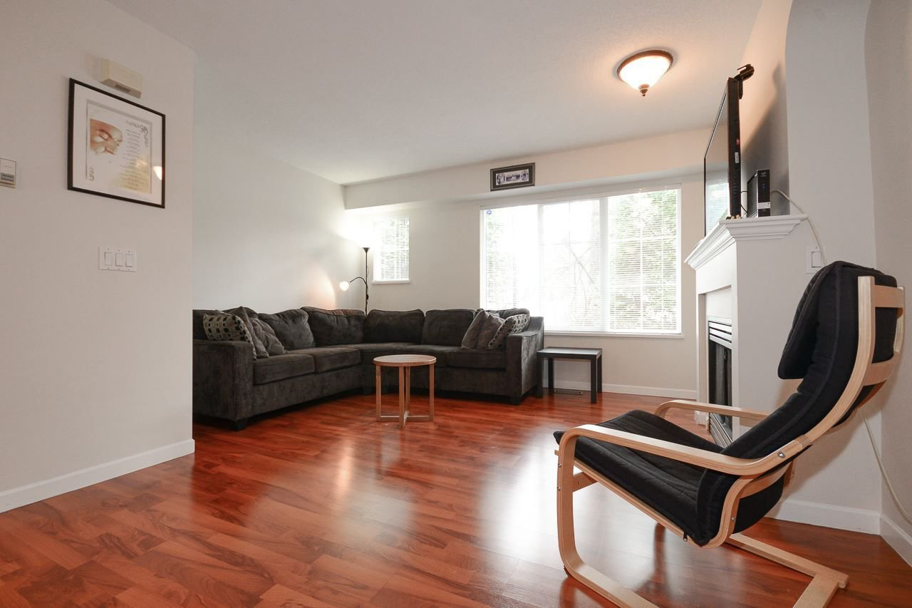 """Photo 2: Photos: 62 12778 66 Avenue in Surrey: West Newton Townhouse for sale in """"HATHAWAY VILLAGE"""" : MLS®# R2242633"""