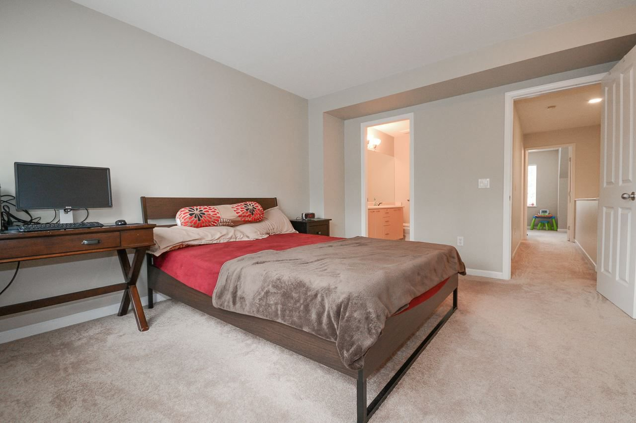 """Photo 10: Photos: 62 12778 66 Avenue in Surrey: West Newton Townhouse for sale in """"HATHAWAY VILLAGE"""" : MLS®# R2242633"""