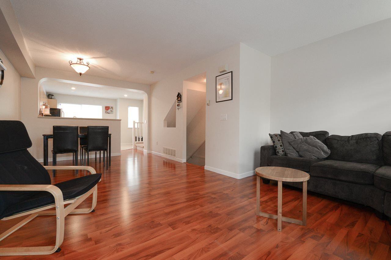 """Photo 4: Photos: 62 12778 66 Avenue in Surrey: West Newton Townhouse for sale in """"HATHAWAY VILLAGE"""" : MLS®# R2242633"""