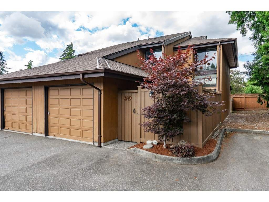 "Main Photo: 118 2533 MARCET Court in Abbotsford: Abbotsford East Townhouse for sale in ""Old Yale Estates"" : MLS®# R2282385"