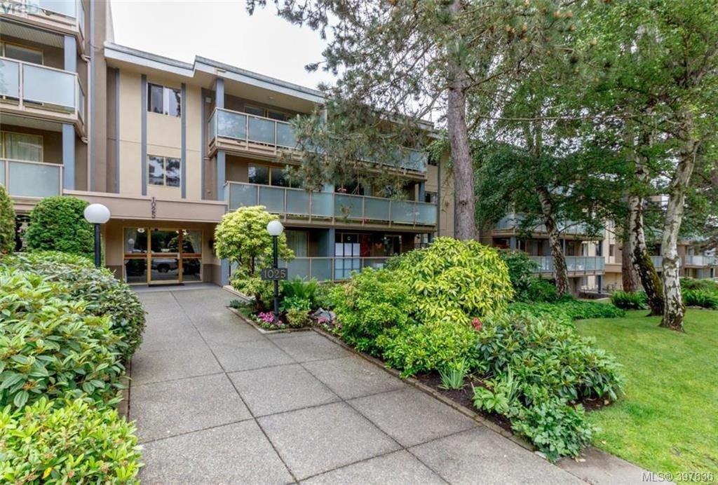Main Photo: 327 1025 Inverness Rd in VICTORIA: SE Quadra Condo Apartment for sale (Saanich East)  : MLS®# 795865