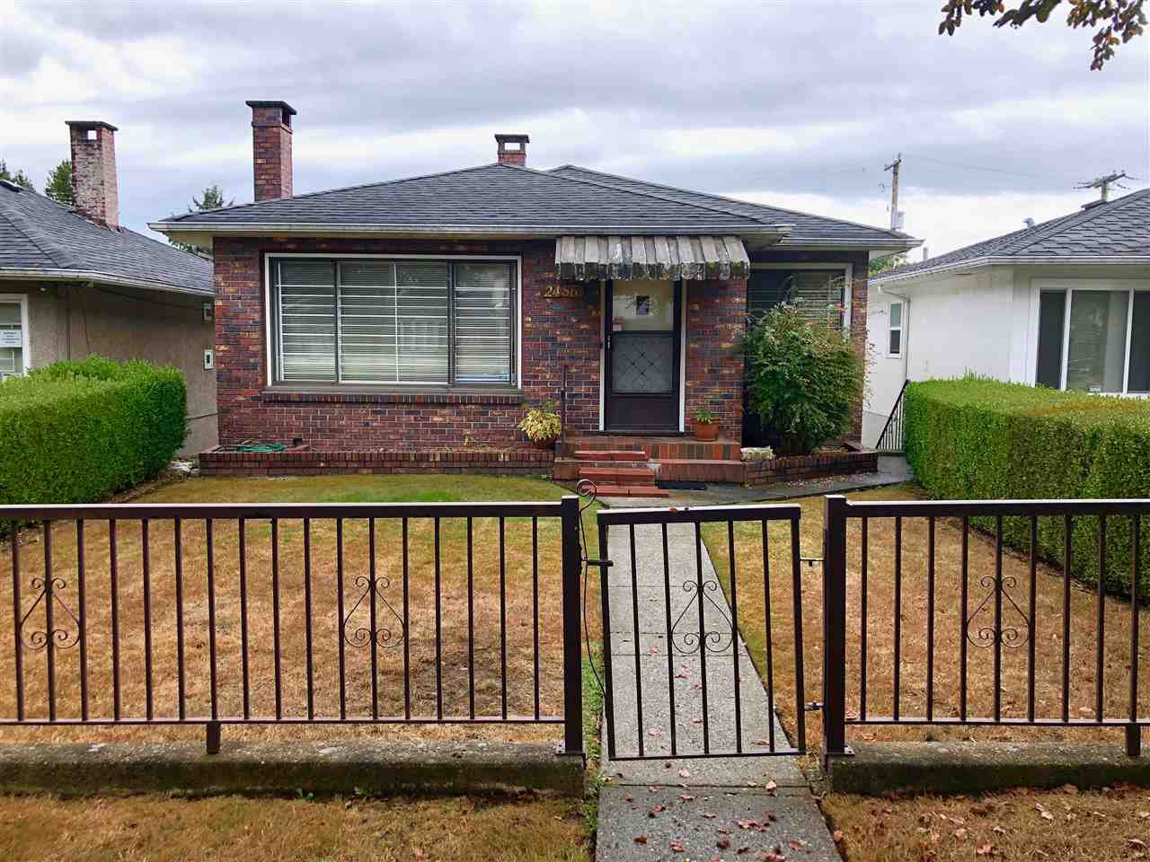 Main Photo: 2456 E 7TH Avenue in Vancouver: Renfrew VE House for sale (Vancouver East)  : MLS®# R2311176