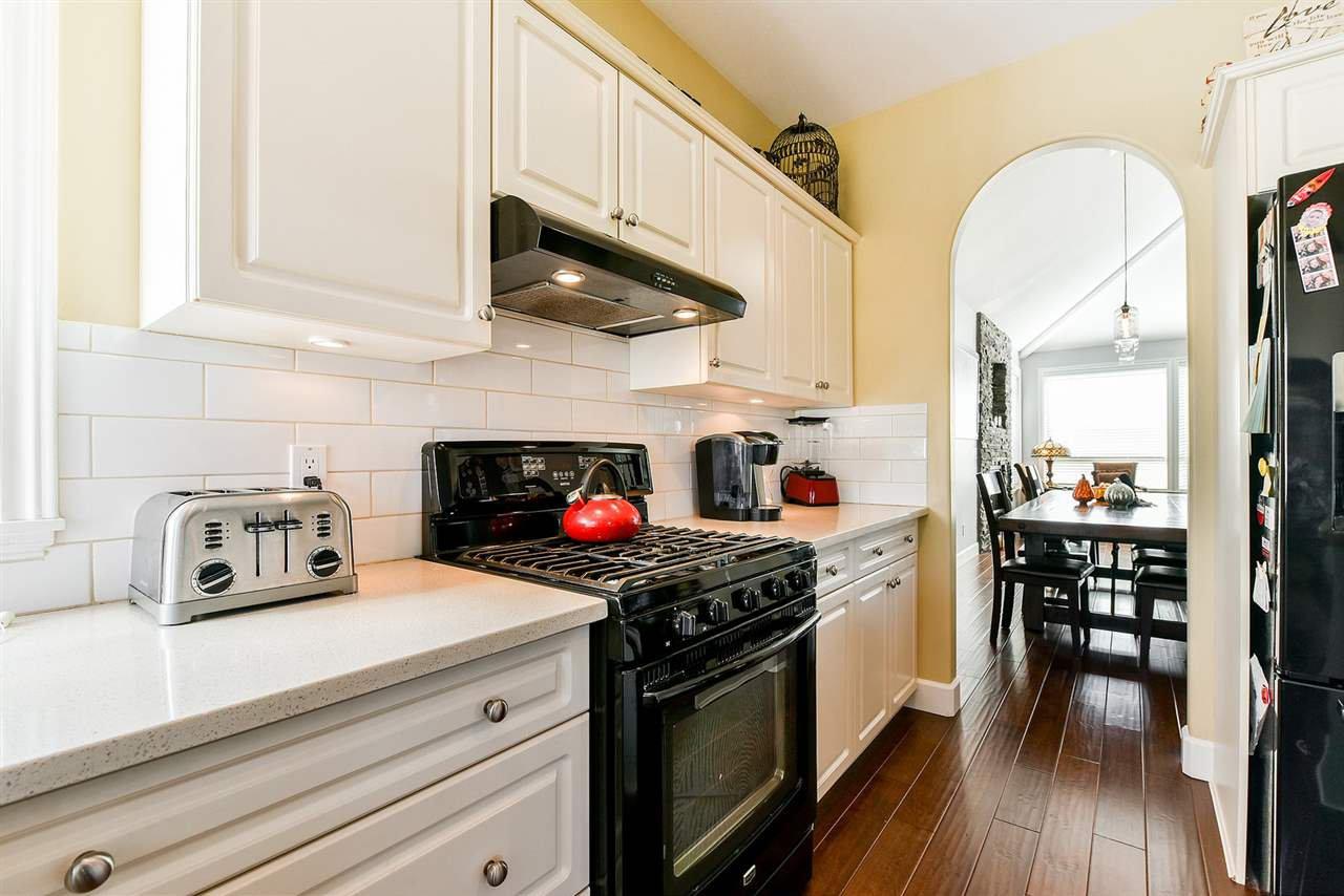 "Photo 9: Photos: 16441 GLENSIDE Court in Surrey: Fraser Heights House for sale in ""Fraser Glen"" (North Surrey)  : MLS®# R2317953"