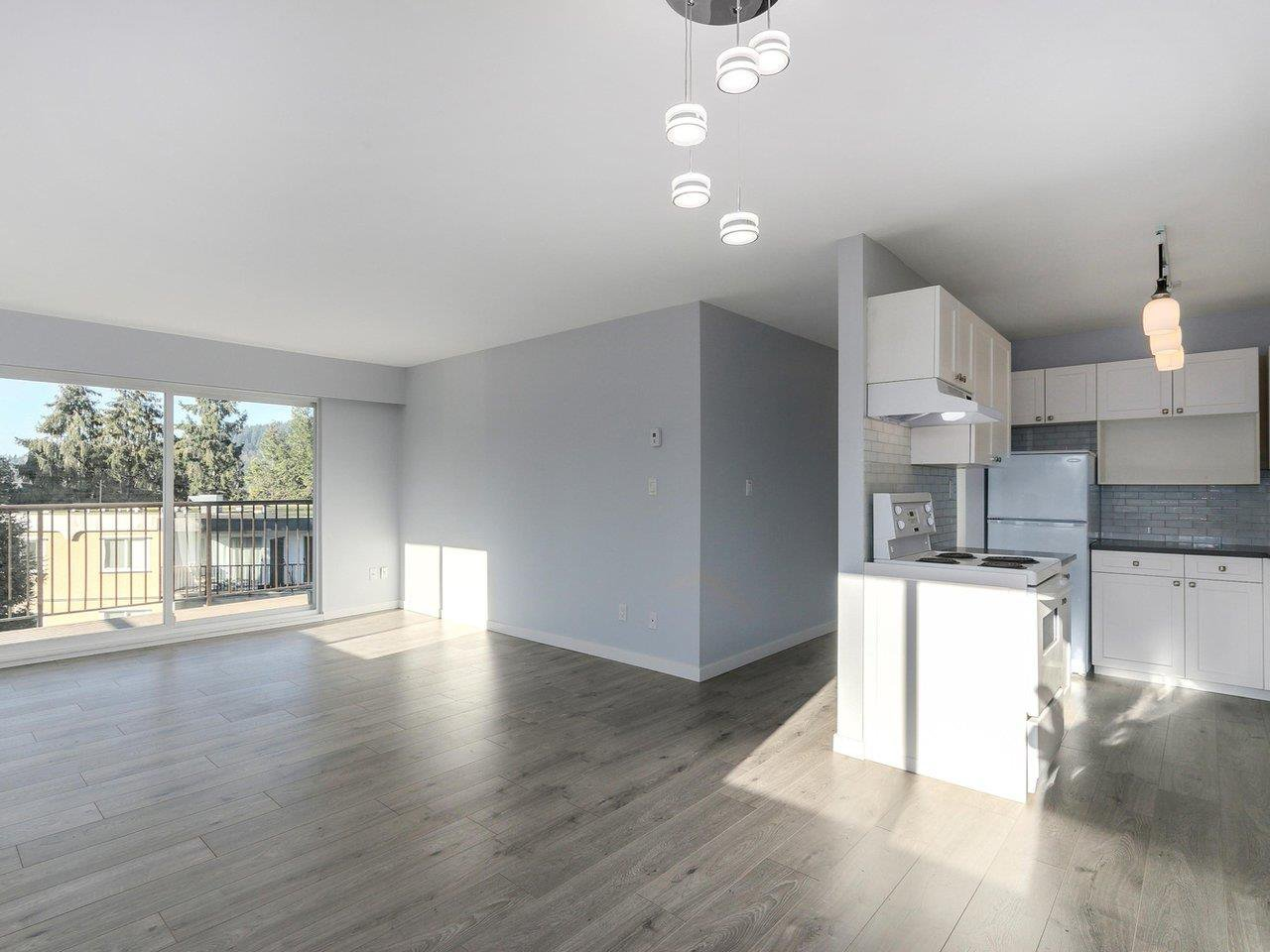 Main Photo: 419 630 CLARKE Road in Coquitlam: Coquitlam West Condo for sale : MLS®# R2326508