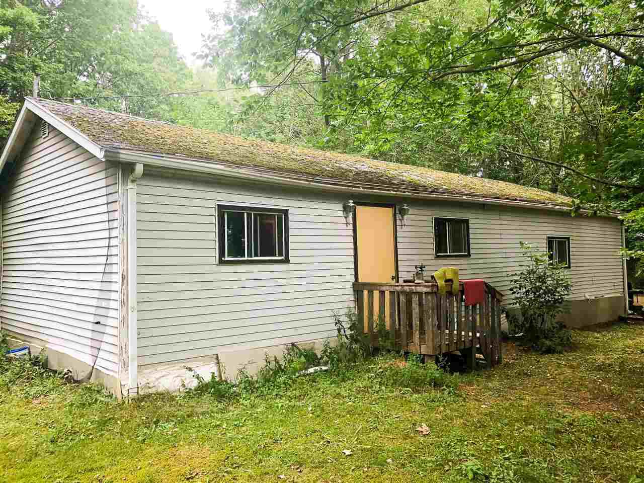 Main Photo: 10085 HIGHWAY 221 in Habitant: 404-Kings County Residential for sale (Annapolis Valley)  : MLS®# 201905188