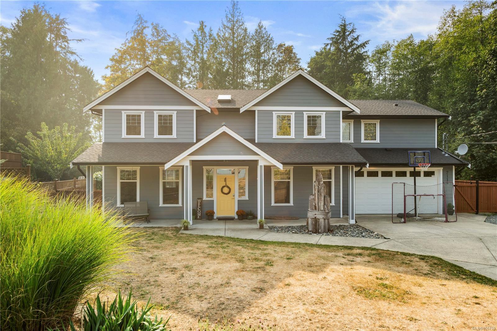 Main Photo: 2114 Winfield Dr in : Sk Sooke Vill Core House for sale (Sooke)  : MLS®# 855710