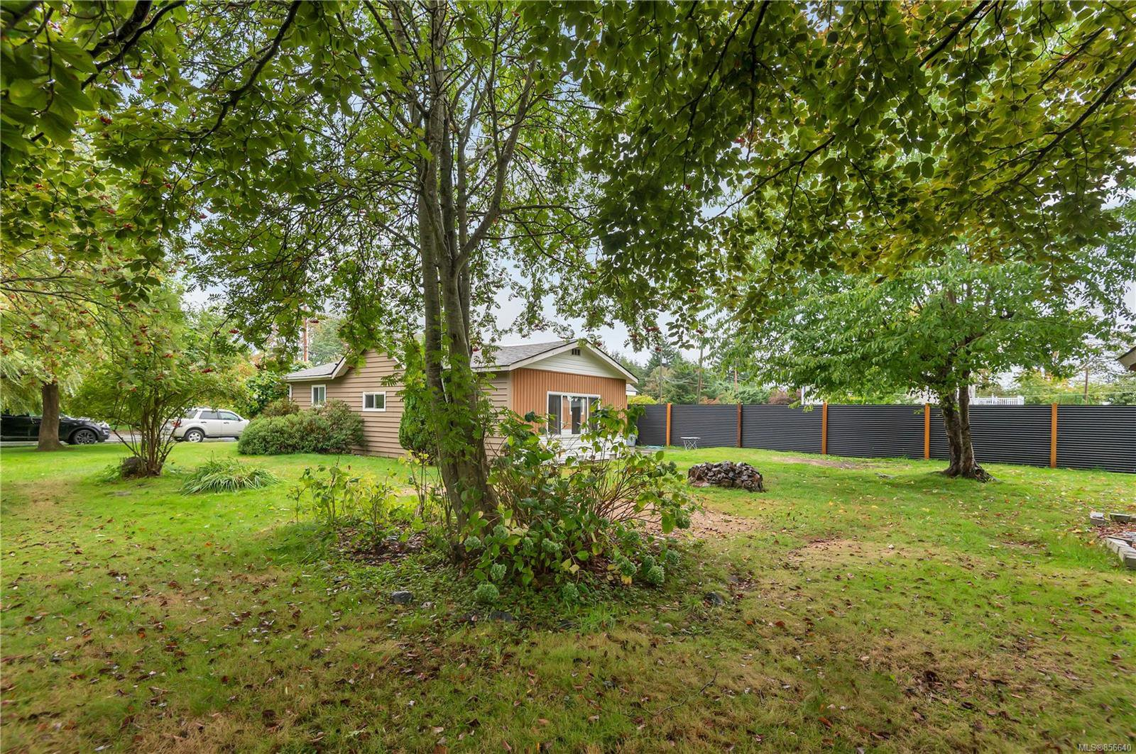 Main Photo: 2257 Dalton Rd in : CR Campbell River South House for sale (Campbell River)  : MLS®# 856640