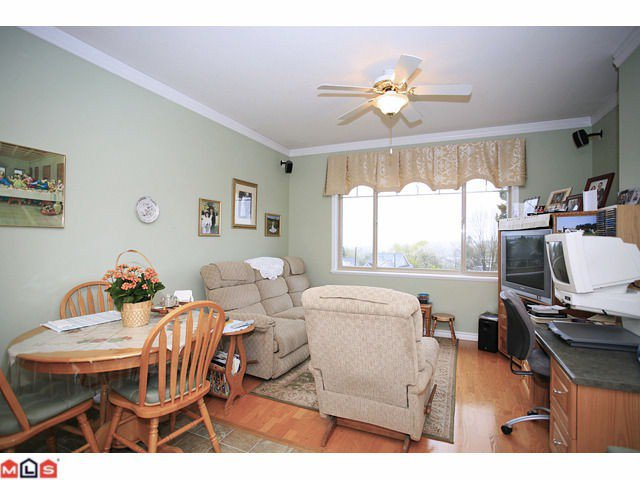 """Photo 5: Photos: 8 34159 FRASER Street in Abbotsford: Central Abbotsford Townhouse for sale in """"EMERALD PLACE"""" : MLS®# F1111279"""