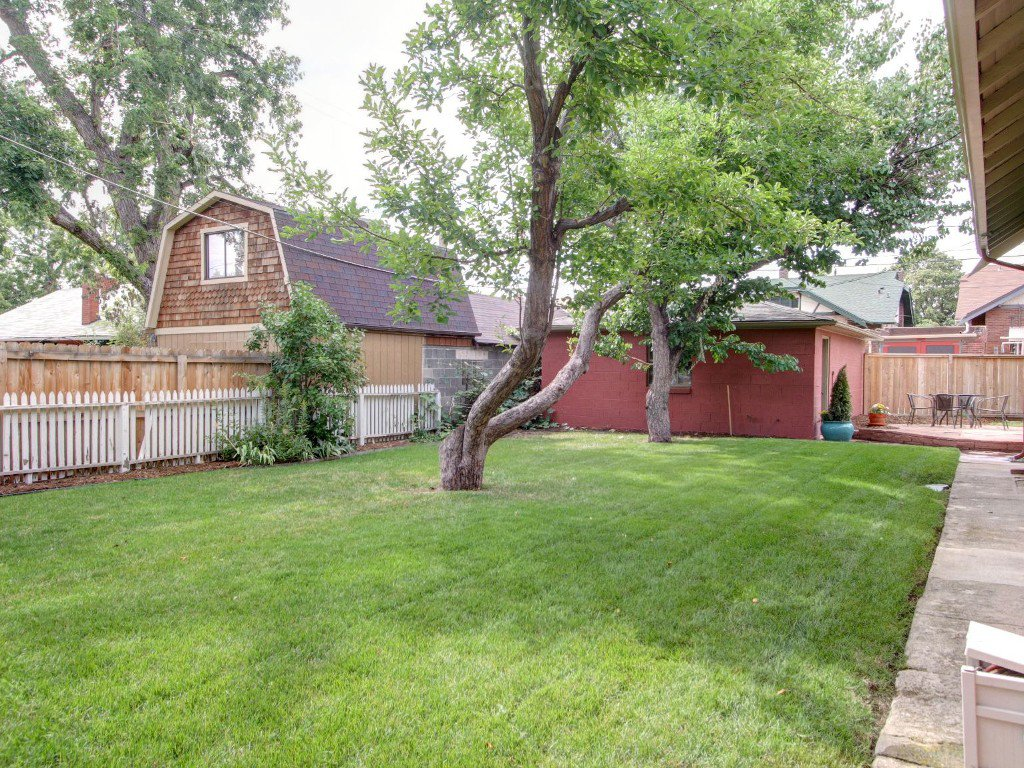 Photo 4: Photos: 4614 W. 33rd Avenue in Denver: House for sale (Cottage Hill)  : MLS®# 1216476