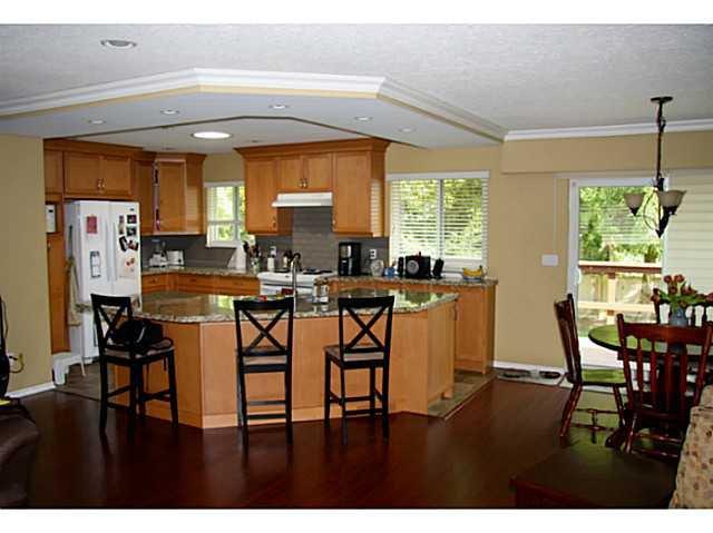 "Photo 3: Photos: 12314 209TH Street in Maple Ridge: Northwest Maple Ridge House for sale in ""CHILCOTIN"" : MLS®# V1056869"