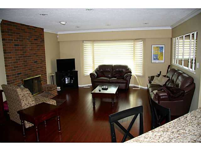 "Photo 4: Photos: 12314 209TH Street in Maple Ridge: Northwest Maple Ridge House for sale in ""CHILCOTIN"" : MLS®# V1056869"