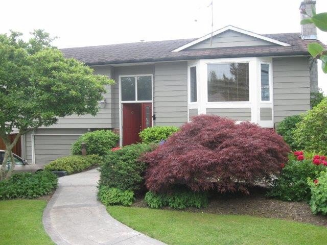 Main Photo: 15910 THRIFT Avenue: White Rock House for sale (South Surrey White Rock)  : MLS®# F1412517