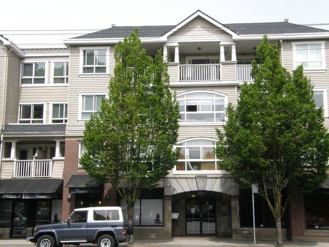 "Main Photo: 202 3333 W 4TH Avenue in Vancouver: Kitsilano Condo for sale in ""BLENHEIM TERRACE"" (Vancouver West)  : MLS®# V1066743"