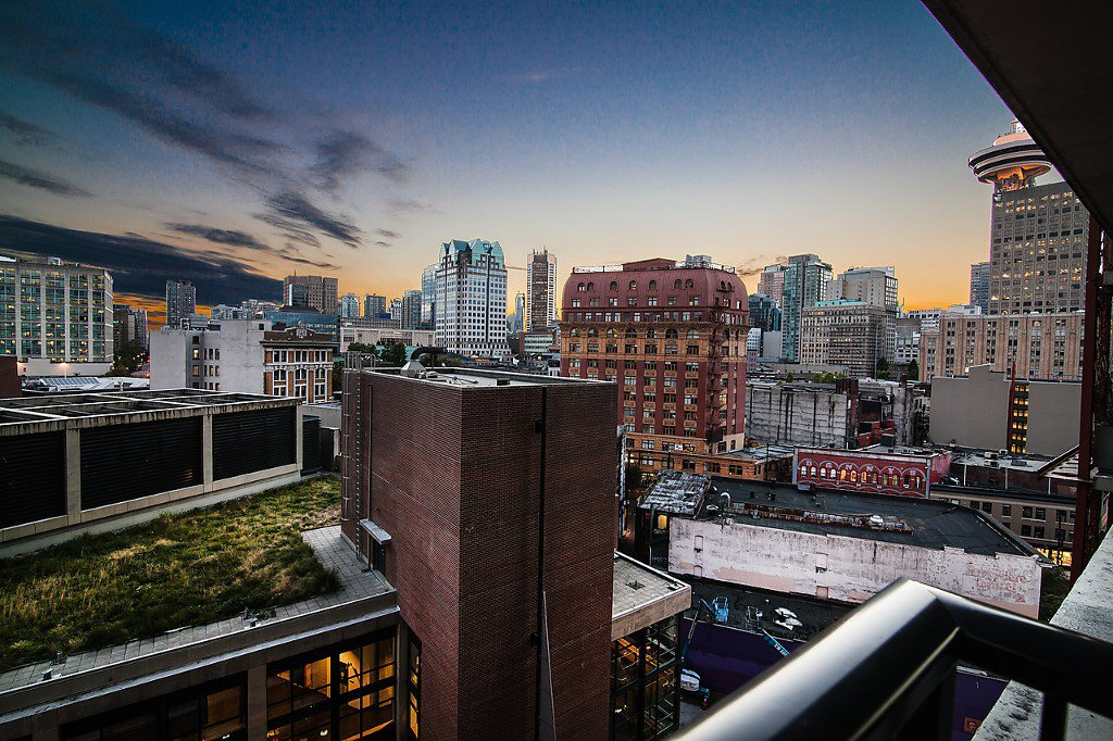 """Photo 8: Photos: 1407 128 W CORDOVA Street in Vancouver: Downtown VW Condo for sale in """"Woodwards W43"""" (Vancouver West)  : MLS®# V1084307"""