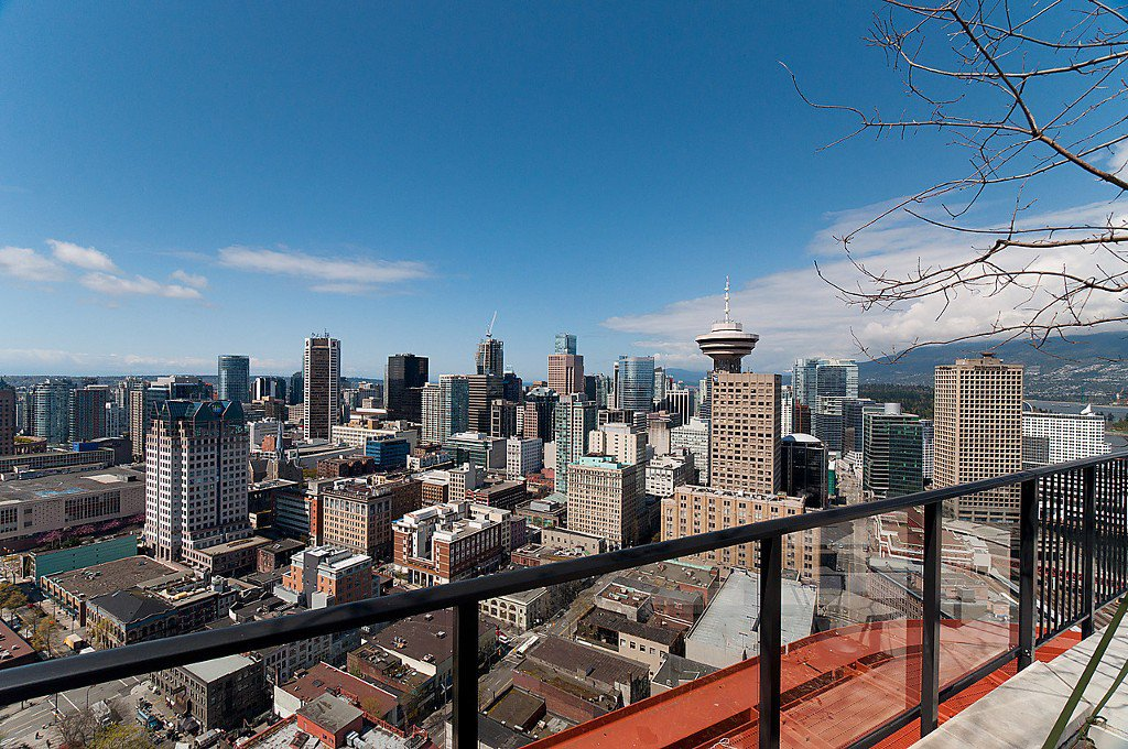 """Photo 24: Photos: 1407 128 W CORDOVA Street in Vancouver: Downtown VW Condo for sale in """"Woodwards W43"""" (Vancouver West)  : MLS®# V1084307"""